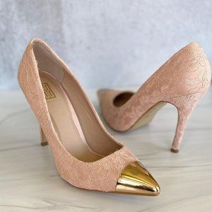 SIGNATURE SOLE Issys Lace Stiletto Heels